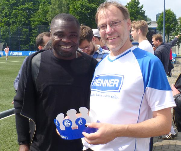 schalke-sponsor-cup