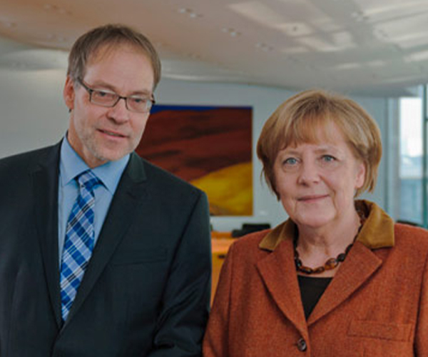 juergen-henke-und-angela-merkel-interview